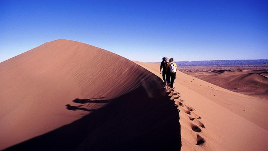 Sur les dunes de Chegaga