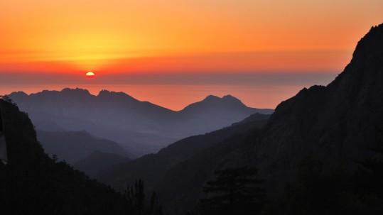 [GR20 nord] Coucher de soleil depuis Carrozzu