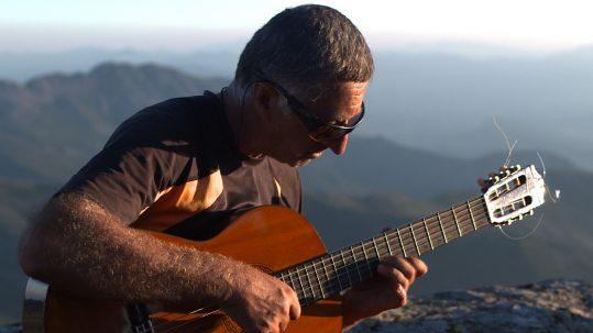 Guitare au sommet