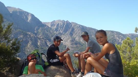 Randonnee famille Corse - Sous le sommet du Capu a u Ghjovu
