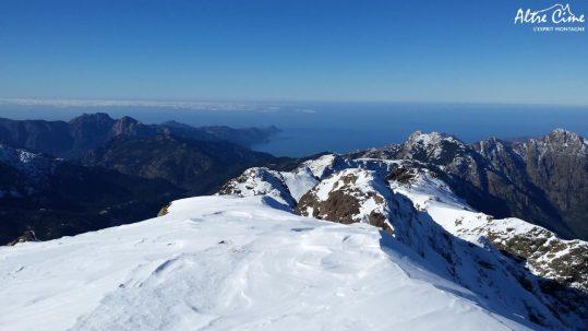 Randonnée raquette en Corse