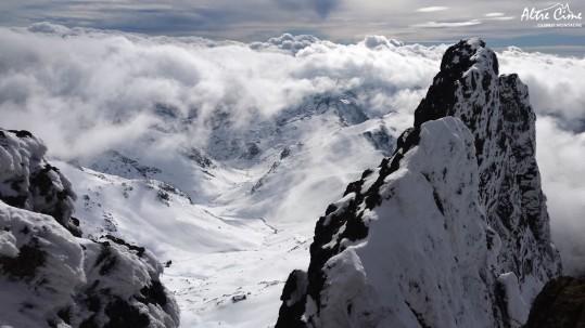 [Alpinisme en Corse] Sur [Alpinisme en Corse] Refuge de Ciottulu vu Tafunatu
