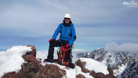 [Alpinisme en Corse] Robert au sommet du Capu Tafunatu