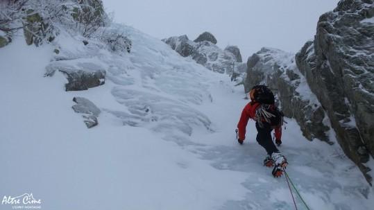 [Alpinisme en Corse] Cascade de glace