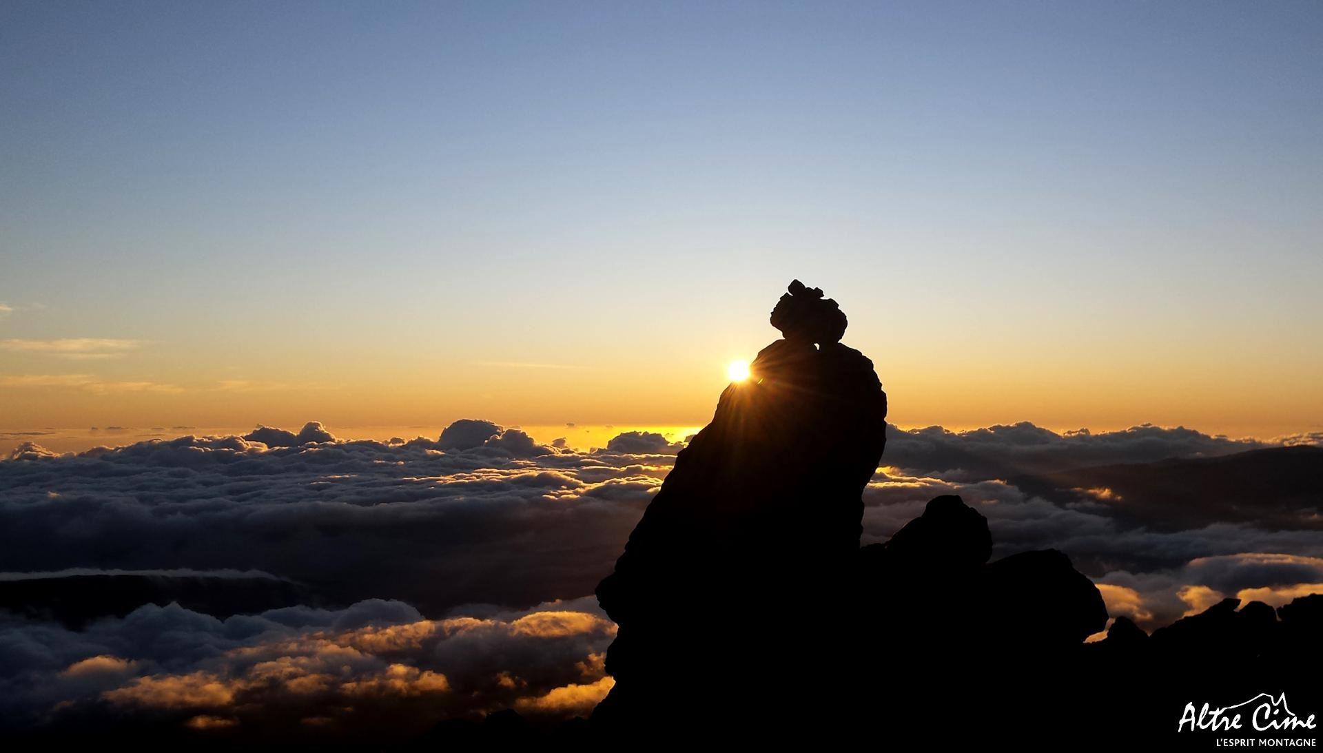 [Trek Réunion] Lever de soleil au Piton des Neiges