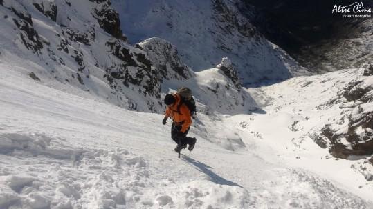 [Alpinisme en Corse] Raide montée au dessus de Tighjettu
