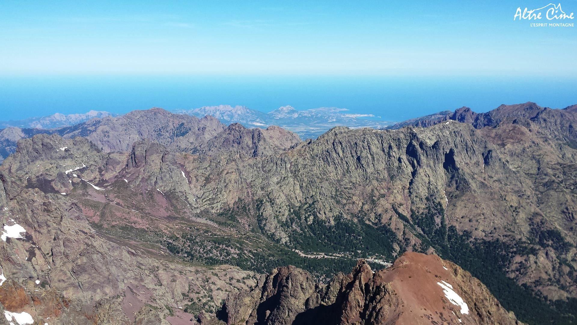 Vue sur Calvi et la vallée d Ascu