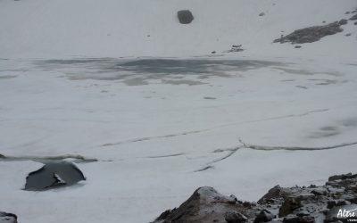 Lac du Cintu encore bien gelé