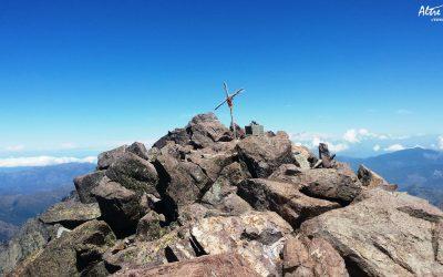 Monte Cintu, le toit de la Corse, 2706m
