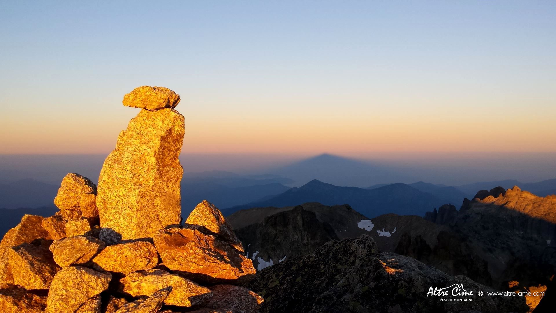 GR20-Nord-Lever de soleil au Monte Ritondu