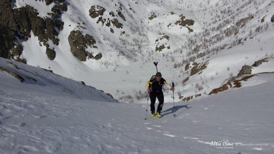 GR20 Sud en hiver - Montée à Bocca della Calle