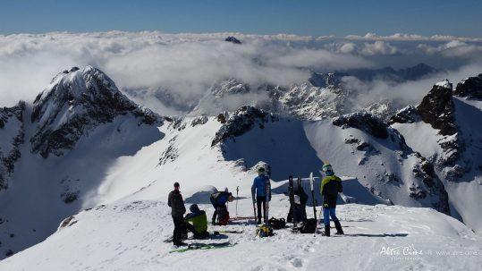 GR20 Nord - l'équipe au sommet des Ghjarghje Rosse