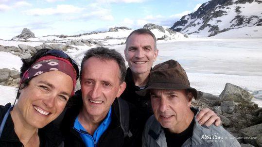 Lac de Bastani enneigé