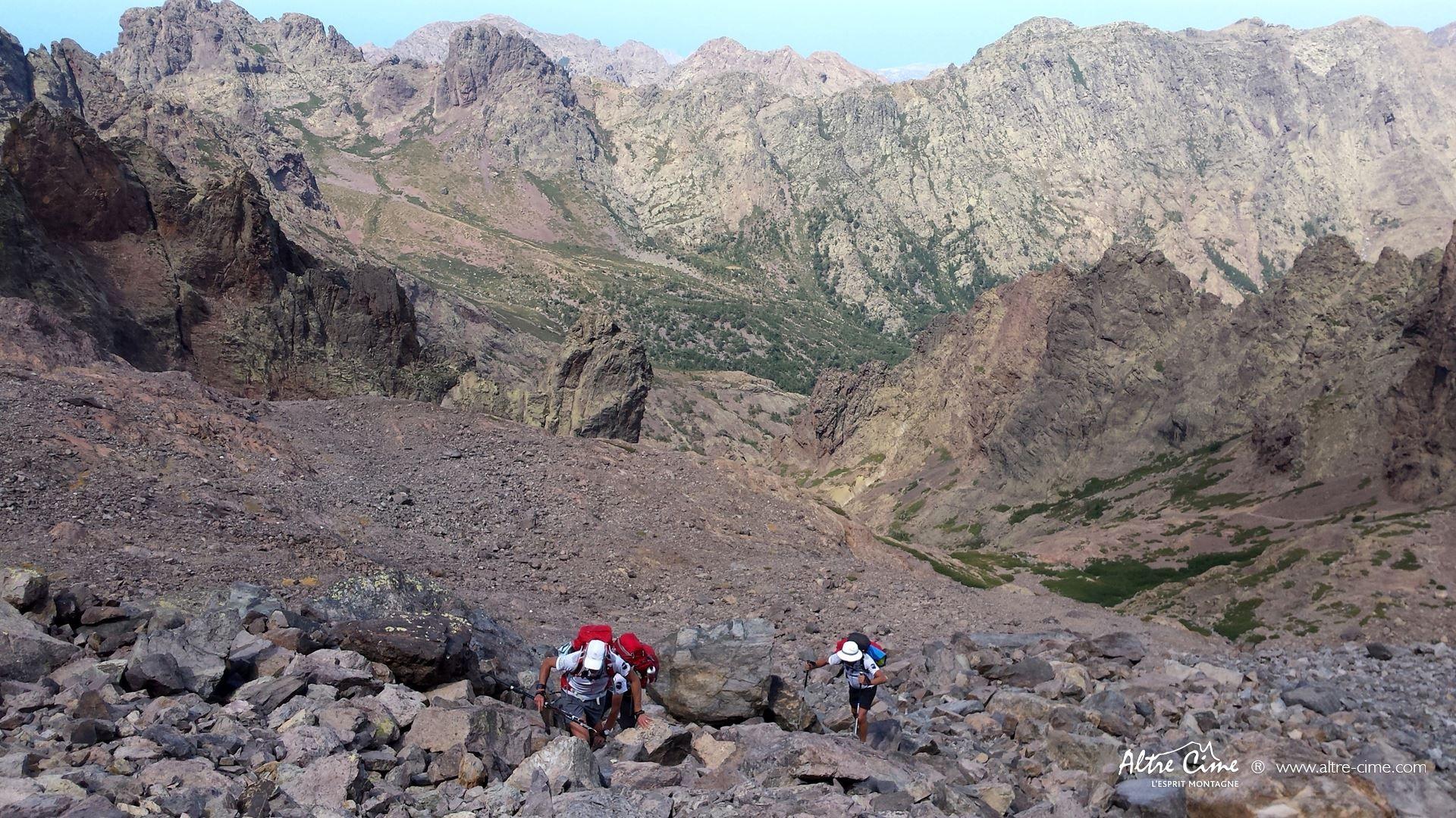 [GR20 Trail] Montée en face Nord du Cintu