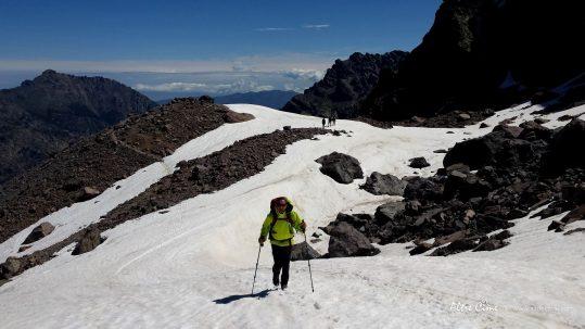 [GR20 Nord] Montée enneigée au dessus du Lac d'Argentu