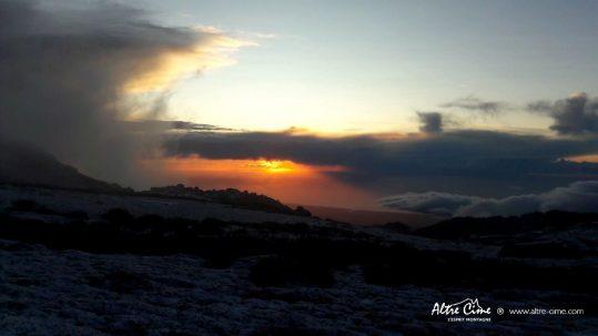 Lever de soleil depuis le GR20 Sud