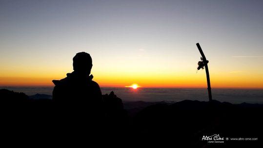 [Randonnée Corse] Lever de soleil du Monte Ritondu