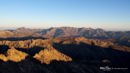[Randonnée Corse] Vue sur le massif du Cintu du Monte Ritondu