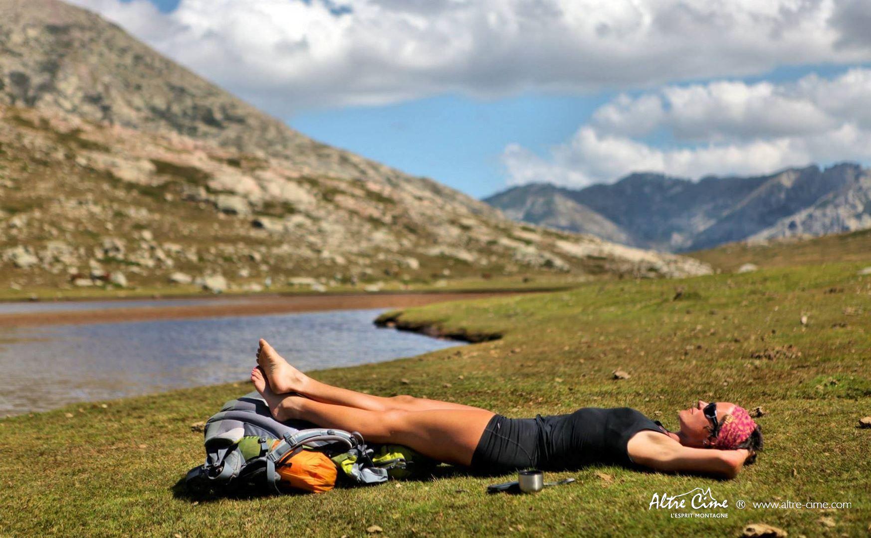 [Randonnée Corse Sauvage] Sieste au soleil !