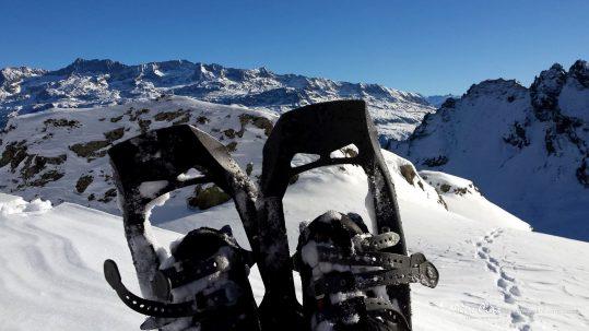 [Raquettes à neige - Belledonne] Vue sur les Grandes Rousses depuis le lac de Belledonne