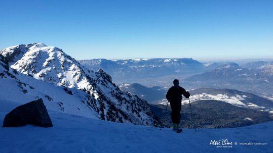 [Ski de randonnée Belledonne] Vue sur Grenoble et le Vercors