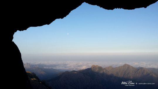[GR20_Nord] Lever de lune dans le Tafunatu