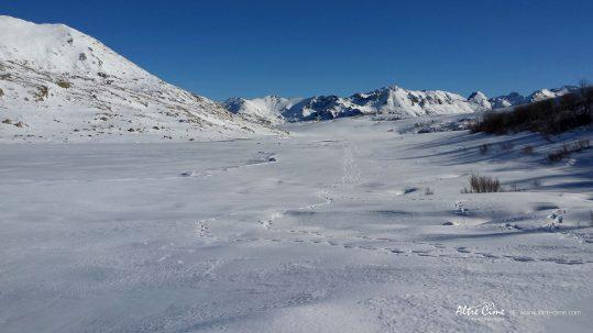 [GR20 Nord Hiver] Lac de Ninu sous la neige