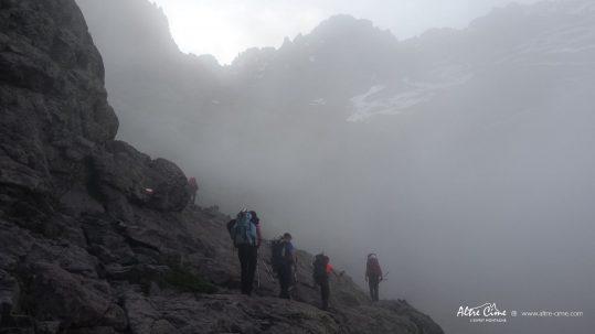 [GR20 Nord] Départ d'Ascu dans la brûme vers le Monte Cintu