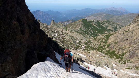 [GR20 Nord] Montée enneigée à Bocca a e Porte