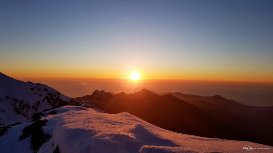 [GR20 Nord] Coucher de Soleil au refuge de Ciottulu