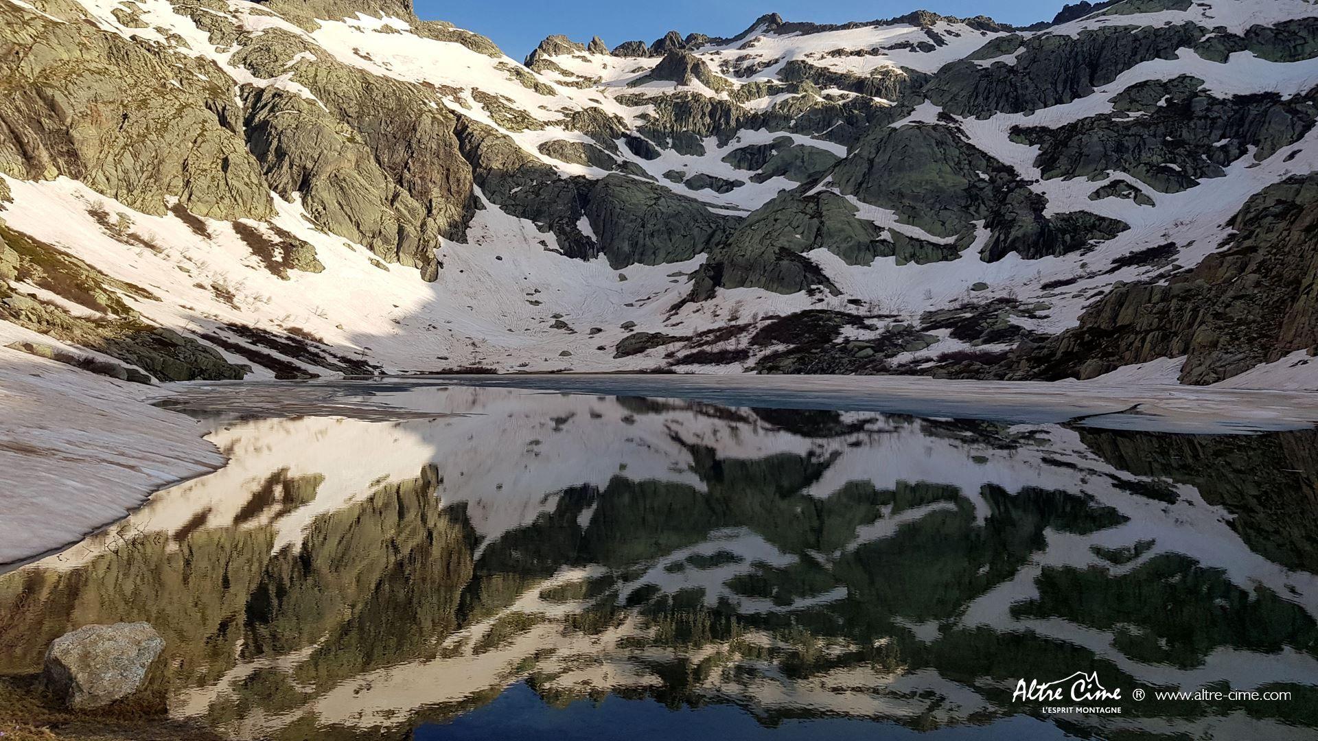 [GR20 Nord] Lac au dégel