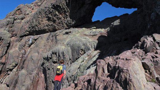 [circuit sauvage corse] Sous le trou du Capu Tafunatu en face ouest